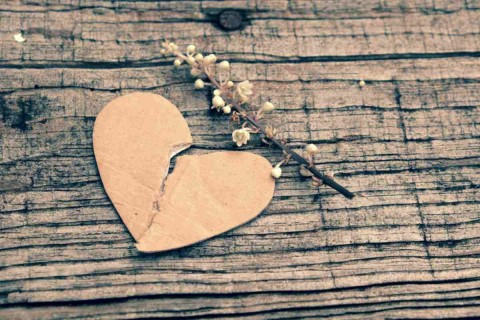 Don't Give Up: 5 Ways to Overcome A Broken Heart