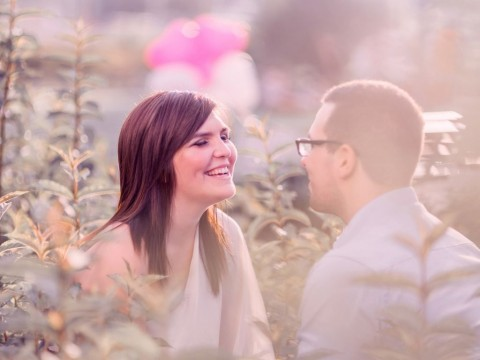 portrait-of-a-happy-couple-picture-id522330365