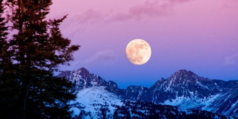 gore-range-sunset-moonrise-picture-id901050010