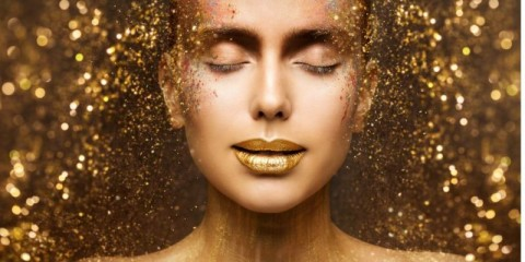 gold-fashion-makeup-art-beauty-face-lips-make-up-in-golden-sparkles-picture-id1097030588-1