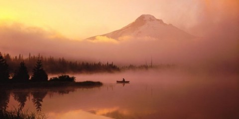 misty-morning-canoe-with-the-reflection-of-mt-hood-or-picture-id478656470