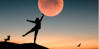 Supermoon Intentions: Releasing What No Longer Serves You!
