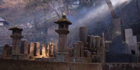 buddhist-graveyard-